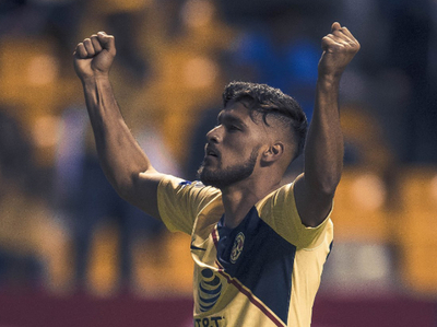 Domínguez y Valdez anotan para América