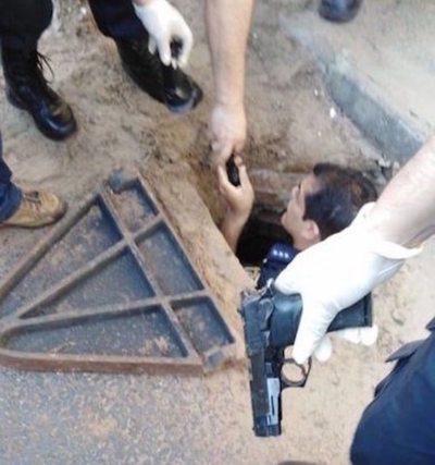 Feroz tiroteo dejó a  un policía herido