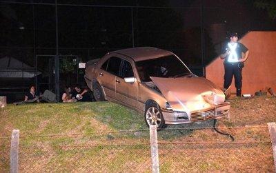 Accidente sobre Perón deja tres heridos