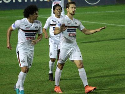 Enrique Borja anota el mejor gol de la fecha