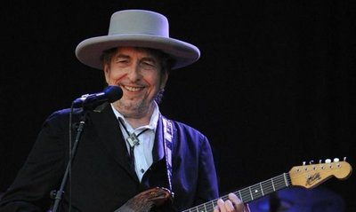 Dylan recupera material inédito en un nuevo disco