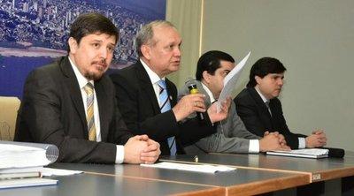 Mario Ferreiro insiste en continuar con Sistema de Gestión Tributaria