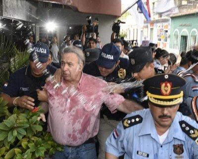 Imputan a González Daher y el juez lo envía a prisión