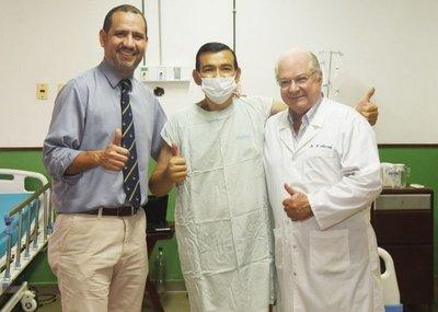 Paciente con trasplante de corazón pasó a sala común