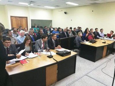 Solo 4 van a juicio oral por la quema del Congreso en el 31M