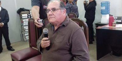 Carlos Ramón Coronil explicó a la Junta Municipal por que su propiedad fue traspasada al Concejal Martínez