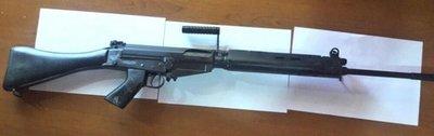 Tres allanamientos en busca de fusiles robados