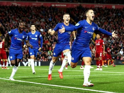 Chelsea asalta Anfield y avanza a cuarta ronda de la Copa de la Liga