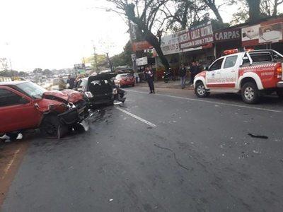 Abogada omano en un feroz accidente