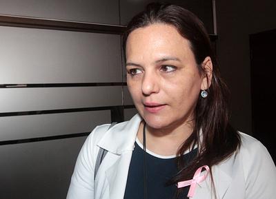"""Inicia """"Octubre Rosa"""" para concienciar sobre el cáncer de mama"""