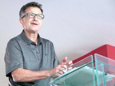 Juan Carlos Osorio y su jugoso sueldazo