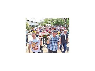 Obreros honran a San Miguel Arcángel