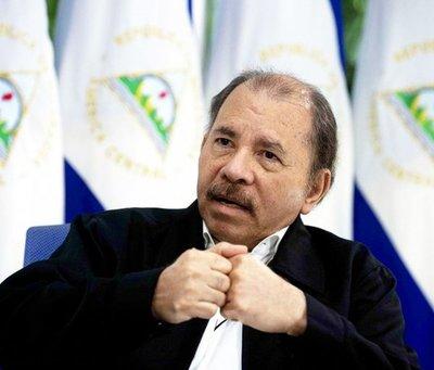 Ortega recibe baño de masas tras ataque de Policía a opositores en Nicaragua