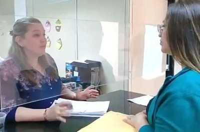 Periodista recibe documentos pero analiza recurrir a otra instancia