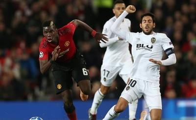 HOY / Valencia arranca un empate en Old Trafford y mantiene sus opciones