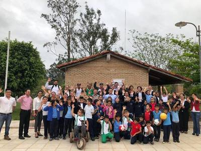 A través de gestiones, intendente de Carayaó logra aportes para institución educativa – Prensa 5