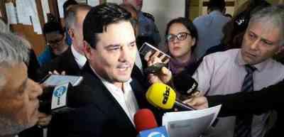 Senador Enrique Salyn Buzarquis va a juicio oral