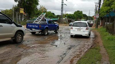 "Avda. Avelino Martínez ""sendero"" de baches, vergüenza del Metrobus"