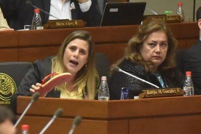 Diputados levantan sesión para no escuchar a Kattya González – Prensa 5