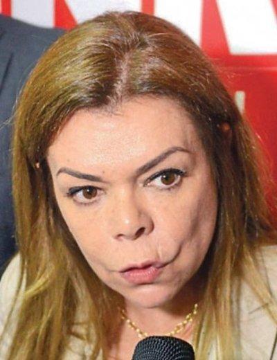 Sandra de Zacarías no se presenta a declarar en caso de supuesto atropello a su domicilio