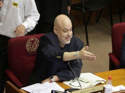 Parlamentarios se oponen a bajar sus sueldos y rechazan proyecto de Payo Cubas