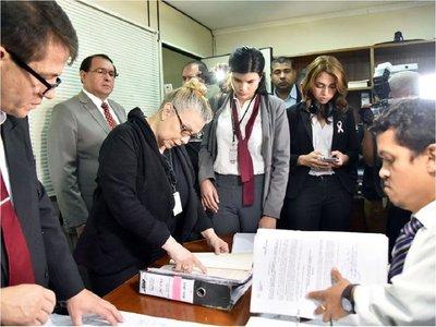 Funcionarios de Puertos falsificaron documentos para asignarse salarios