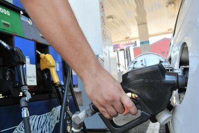 ¿Otro aumento? combustibles subirían nuevamente a finales de año