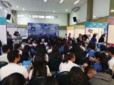 Más de 2.500 estudiantes visitaron la Expo Carreras de la UNIDA y conocer su futuro académico