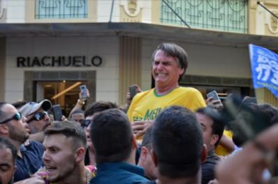 """""""Si soy elegido, transferiré la embajada a Jerusalén"""", Bolsonaro"""