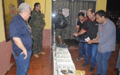 Dos hombres detenidos por extorsión a colonos de San Pedro