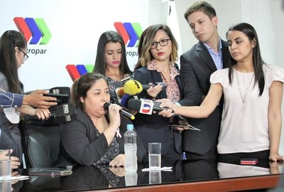 Rosca sindical y político busca recuperar privilegios en Petropar – Prensa 5