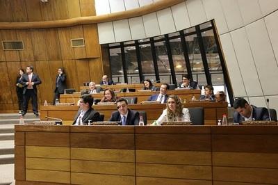 Cámara de Diputados aprueba dos días libres para mamografía y PAP
