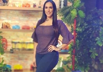 """Silvia Flores y su imperdible canción sobre el """"tesa po'e"""" y raudales"""