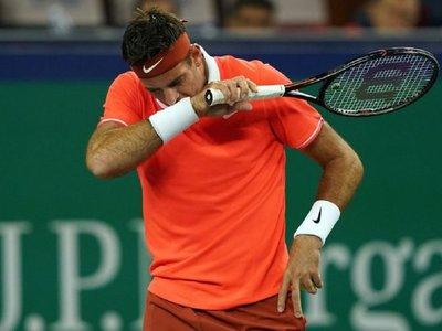 Djokovic pasa a cuartos y Del Potro se lesiona