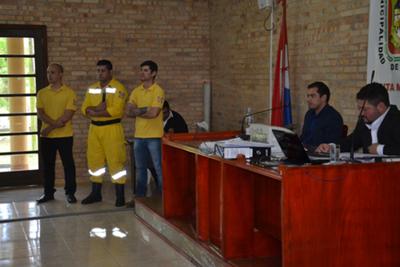 Bomberos piden socorro a  la Junta Municipal de CDE