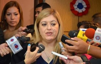Camarista solicita juicio político a Sandra Quiñónez
