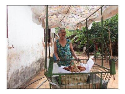 """Abuela viral: """"La gente pondera que yo trabaje a mi edad"""""""