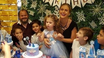 La Modelo Gabi Wolscham Así Celebró El Cumpleaños De Su Hija Paula