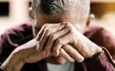 Hombre de 82 años fue salvajemente golpeado por su propio sobrino