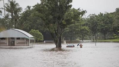 Francia: Suben a 13 los muertos por las inundaciones