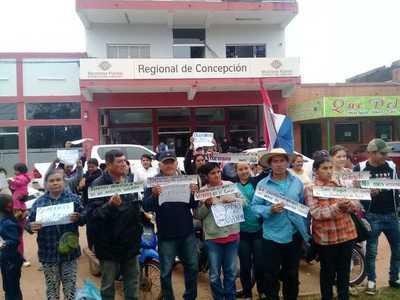 Protestan contra sojeros frente al Ministerio Público