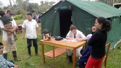 Bajo carpa asisten a pobladores de San Javier