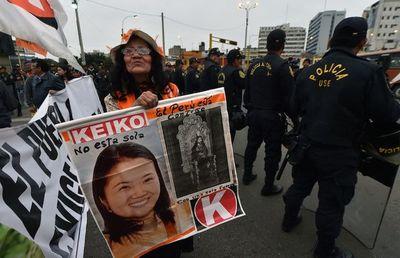 Fujimoristas marchan en Perú pidiendo libertad para Keiko