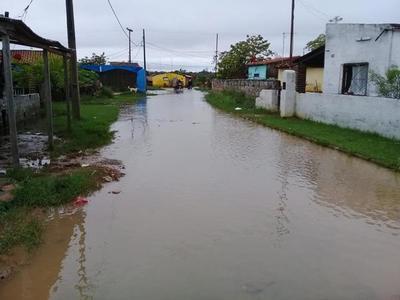 Preocupa la inusual crecida del río Paraguay en Asunción