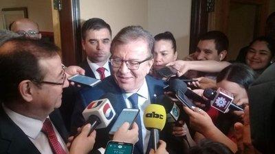 'Mafia' para ganar juicios y desangrar a la EBY