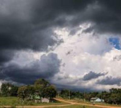 Anuncian tormentas significativas para 15 departamentos