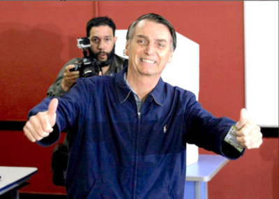 Bolsonaro extraditará a italiano Battisti si llega al poder en Brasil