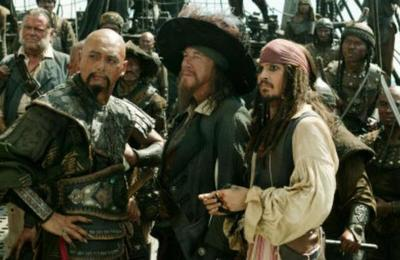 Actor de 'Piratas del Caribe' donará su fortuna para vivir como una persona normal