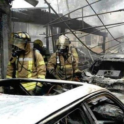 Inconsciencia mortal: siguen sin dar paso a bomberos