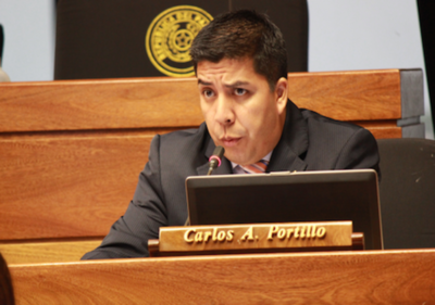 HOY / Ante blindaje, urgen tratar la pérdida de investidura de Carlos Portillo